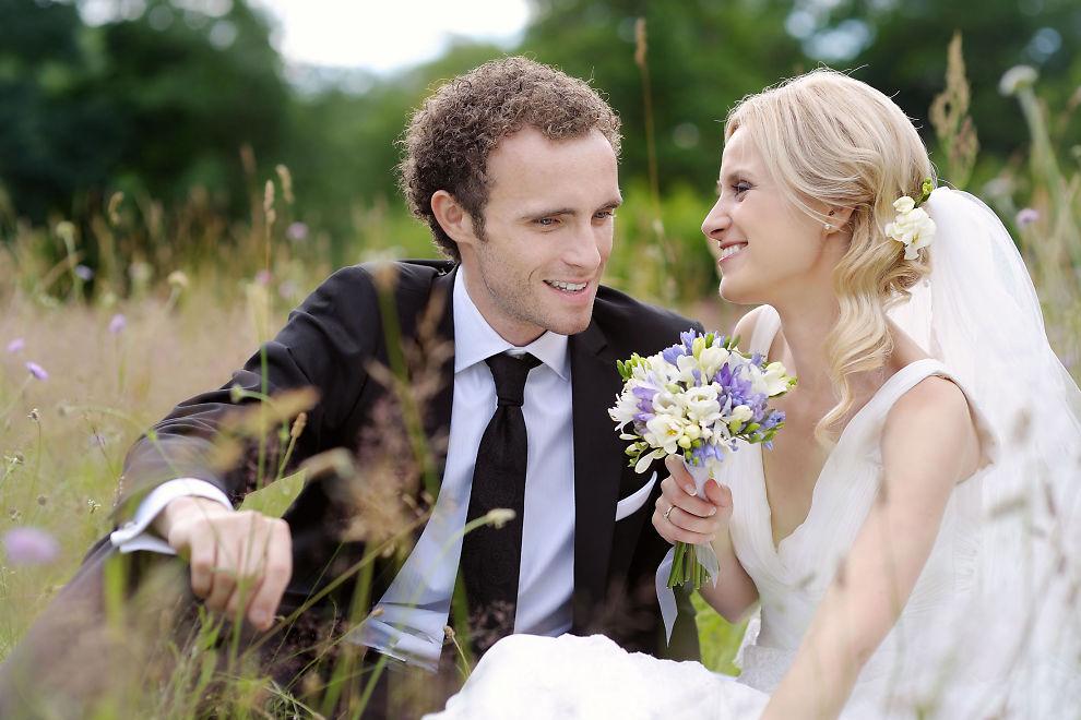 <p><b>DIN FOR EVIG?</b> Fortsatt er det store forskjeller mellom å leve i samboerskap kontra et ekteskap. Spesielt dersom du og din utkårede skiller lag.</p>