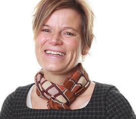 <p><b>KVOTERING?</b> Kirsti Kierulf sier IT-bransjen må ta drastiske grep om jenteandelen skal opp på kort sikt.<br/></p>