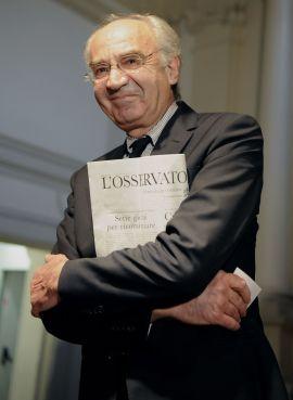 <p><b>SPARKET:</b> Ettore Gotti Tedeschi fikk i fjor sparken som banksjef i Vatikanbanken, mistenkt for å ha hvitvasket penger.<br/></p>