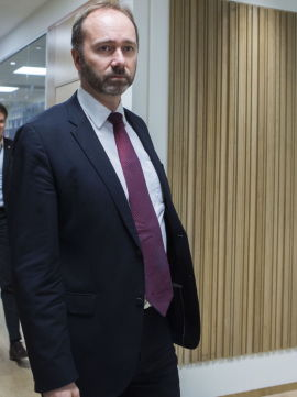 <p>Nærings- og handelsminister Trond Giske visste ikke at flere andre hoteller i Namsos sliter. Men han forteller at problemstillingen er kjent.<br/></p><p>- Man skal være bevisst på hva slags støtte man gir når man går inn i modne markeder. Det er er ikke sikkert dette bidrar til økt sysselsetting og dermed gir positiv tilvekst, sier Giske.</p><p>Kommunikasjonssjefen i NHD presiserer at Giske snakker på generelt grunnlag og at han ikke kjenner til saken i Namsos.</p>