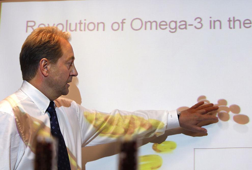 <p>Her er storaksjonær i Aker, Kjell Inge Røkke, avbildet på en kapitalmarkedsdag for Aker BioMarine i 2008. Selskapet har nylig blitt tatt av børs, hvor aksjonærene fikk aksjer i Aker i stedet.<br/></p>