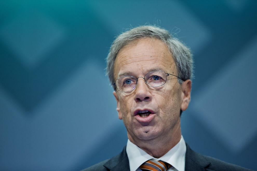 <p><b>BLIR LYTTET TIL:</b> Når sentralbanksjef Øystein Olsen snakker, lytter, tolker og fortolker valutamarkedet det han sier.<br/></p>