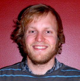 <p><b>Bedret miljø:</b> Knut Wiik Volset fra Bergen forteller at muligheten til å komme enkelt ut og inn til sentrum var viktig for familien da de kjøpte. Et tidligere relativt billig område har blitt fått et prisoppsving, og flere småbarnsfamilier flytter inn.<br/></p>