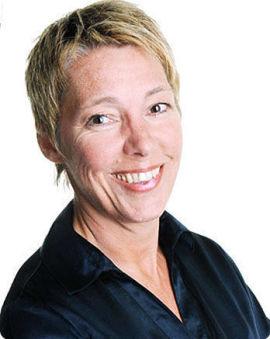 <p><b>KONKRET-FELLE:</b> Direktør i Adecco Search &amp; Select Guri Larsen mener du bør holde igjen på detaljene dersom lønn blir tema i første jobbintervju.<br/></p>