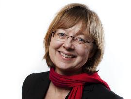 <p><b>NATURLIG:</b> Jeanette Moen (Ap) mener det ikke er rart at IN organiseres annerledes enn private selskaper.<br/></p>
