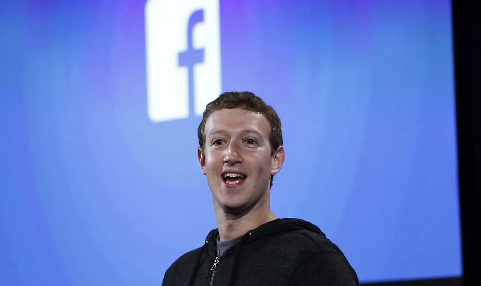 <p><b>VIL HA STØRRE KAKESTYKKER:</b> Gründer Mark Zuckerberg og Facebook ønsker å sikre seg større reklameinntekter ved å ta for seg av TV-reklamemarkedet.<br/></p>