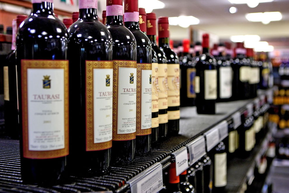 <p><b>PÅ STELL:</b> Økonomene trekker frem Vinmonopolet som «best i klassen».<br/></p>