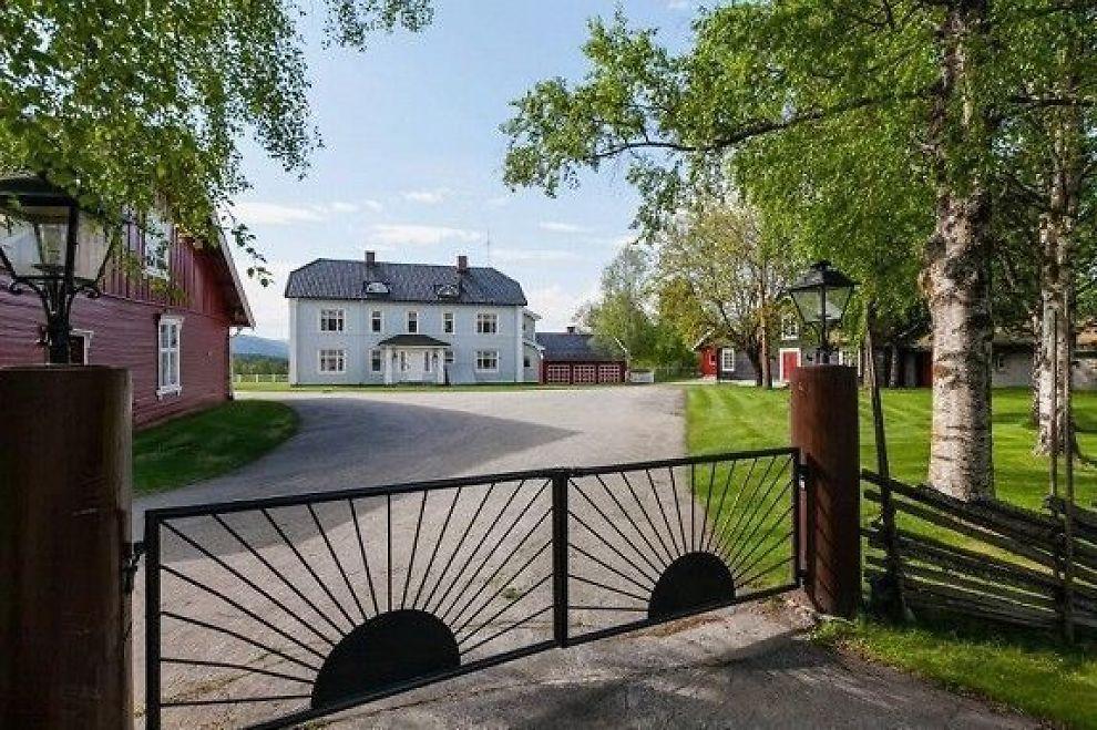 gamle gårde til salg