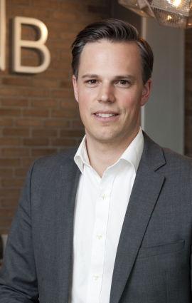 <p><b>– VI FØLGER REGLENE:</b> Even Westerveld, informasjonsdirektør i DNB.</p>