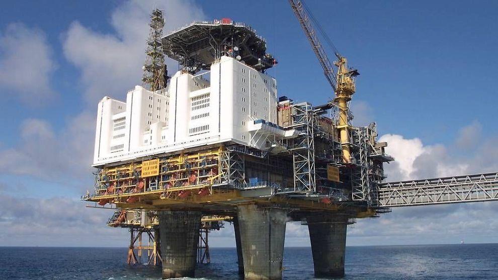 <p><b>ØKT UTVINNING:</b> Statoil jobber for å øke utvinningsgraden sin fra 50 til 60 prosent. Her representert ved Oseberg feltsenter.</p>