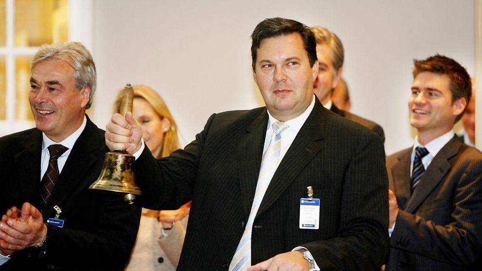 <p><b>GÅR AV:</b> Styreleder Jan Vestrum i Intex Resources har valgt å trekke seg. Her er Vestrum avbildet på Oslo Børs ved en tidligere anledning.<br/></p>