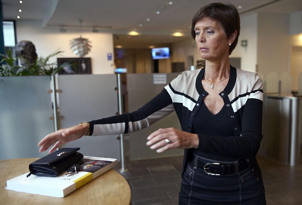 <p><b>NY STILLING:</b> Tidligere politidirektør Ingelin Killengreen er i dag departementsråd i fornyingsdepartementet. Nå har den nye ministere Jan Tore Sanner utnevnt henne til midlertidig sjef for Direktoratet for forvaltning og IKT (Difi).</p>