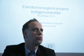 <p><b>PRESENTERTE STATISTIKK:</b> Administrerende direktør i Eiendomsmeglerforetakenes Forening, Christian Vammervold Dreyer, presenterte mandag Eiendomsmeglerbransjens Boligprisstatistikk for november 2013.<br/></p>
