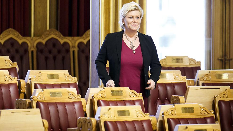FÅR KRITIKK: Norske myndigheter og finansminister Siv Jensen (Frp) får kritikk fra FNs komité for økonomiske, sosiale og kulturelle rettigheter for at oljefondet ikke legger større vekt på å sjekke om selskaper fondet investerer i, bryter menneskerettighetene.