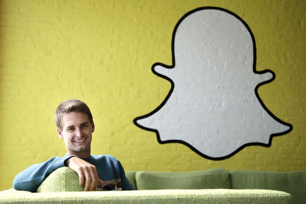 <p><b>IS I MAGEN:</b> Snapchat-sjef Evan Spiegel takket nei til et bud på tre milliarder dollar fra Facebook nå i høst.<br/></p>