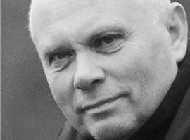 <p>JOBBER HJEMME: – En suveren og moderne måte å jobbe på, sier Viggo Ditlevsen i Finnsnes.</p>