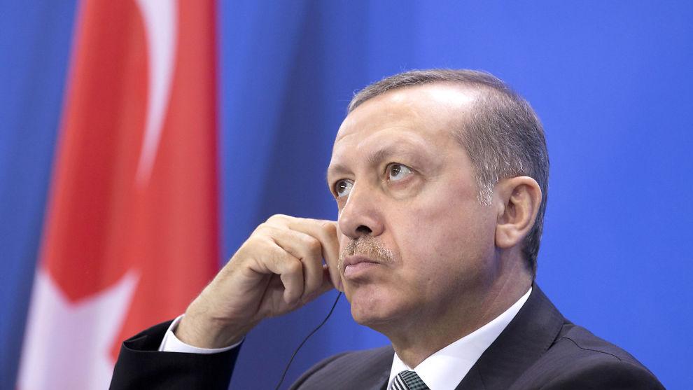 <p><b>VEDTOK INTERNETTLOV</b>: Mange mener internettloven Tyrkia nå har innført er et nytt angrep på ytringsfriheten fra statsminister Recep Tayyip Erdogan (bildet) og hans regjering.<br/></p>