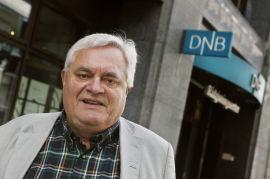 """<p><b>SKEPTISK:</b> Peter Batta, administrerende direktør i Huseiernes Landsforbund, har engasjert seg sterkt i bankenes rentemarginer og egenkapitalkravet. Han er skeptisk til om de nye signalene vil gjøre noen forskjell. - Om det er et veldig stort skritt, er jeg ikke sikker på, sier han.</p><p><a href=""""http://e24.no/makro-og-politikk/finansministerens-signaler-faar-blandet-mottagelse/22753213"""" target=""""_blank"""">Les flere reaksjoner fra bransjen på E24.</a></p>"""