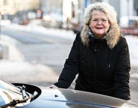 <p><b>HØYSESONG:</b> Denne tiden er høysesong for bilberging, og mange kjører utfor veien, sier Emma Elisabeth Vennesland i If.</p>