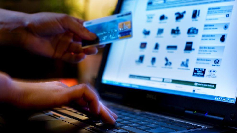 <p><b>TREGE:</b> Norske butikkjeder er seine med å skaffe seg nettbutikk, til tross for at 8 av 10 nordmenn handler på nett.<br/></p>