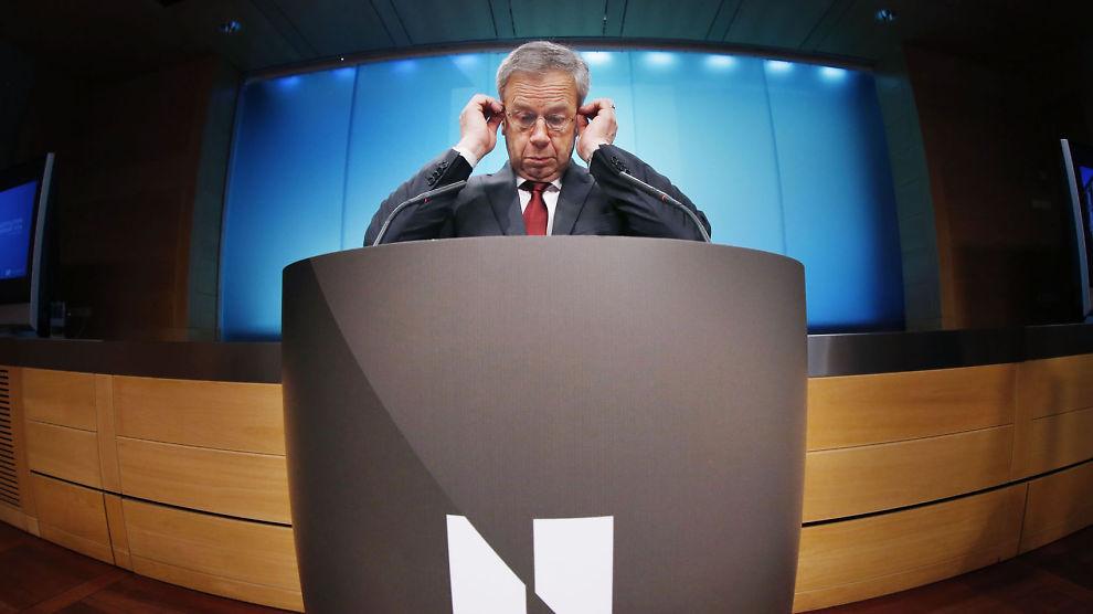 <p><b>RENTEMØTE.</b> Sentralbanksjef Øystein Olsen redegjør for Norges Banks beslutning om å holde styringsrenten uendret på 1,5 prosent.</p>