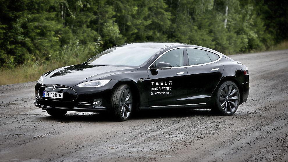 <p><b>VÅRTEGN:</b> En Tesla Model S koster fra 461.000 til 607.000 kroner. Topphastighet er 210 km/t.<br/></p>