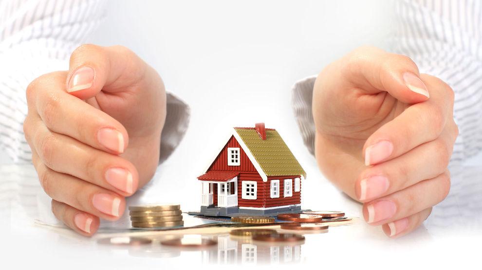 <p><b>Kan bli dyrt:</b> Skulle du oppleve å finne feil på boligen etter overtakelse, kan det fort bli dyrt med advokathjelp hvis du ikke har hjemforsikring eller boligkjøperforsikring.<br/></p>