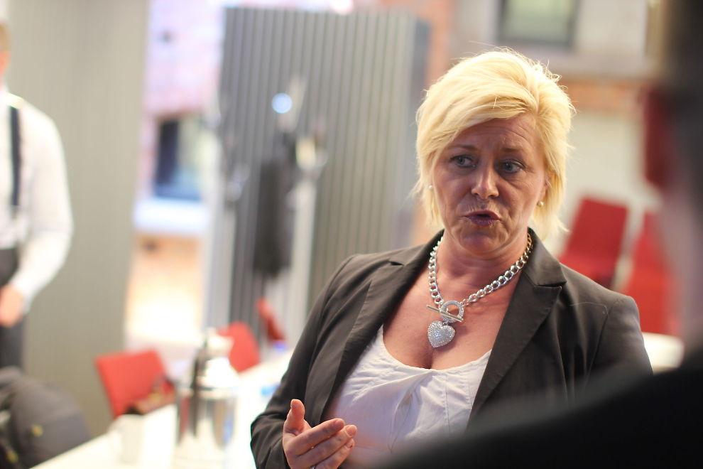 <p><b>OLJEAVHENGIG:</b> Mandag 26. mai invitererinviterte finansminister Siv Jensen (Frp) noen av landets fremste økonomer til dialogmøte. De drøftet hvordan norsk økonomi kan moderniseres og reformeres for fremtidig velstand.</p>