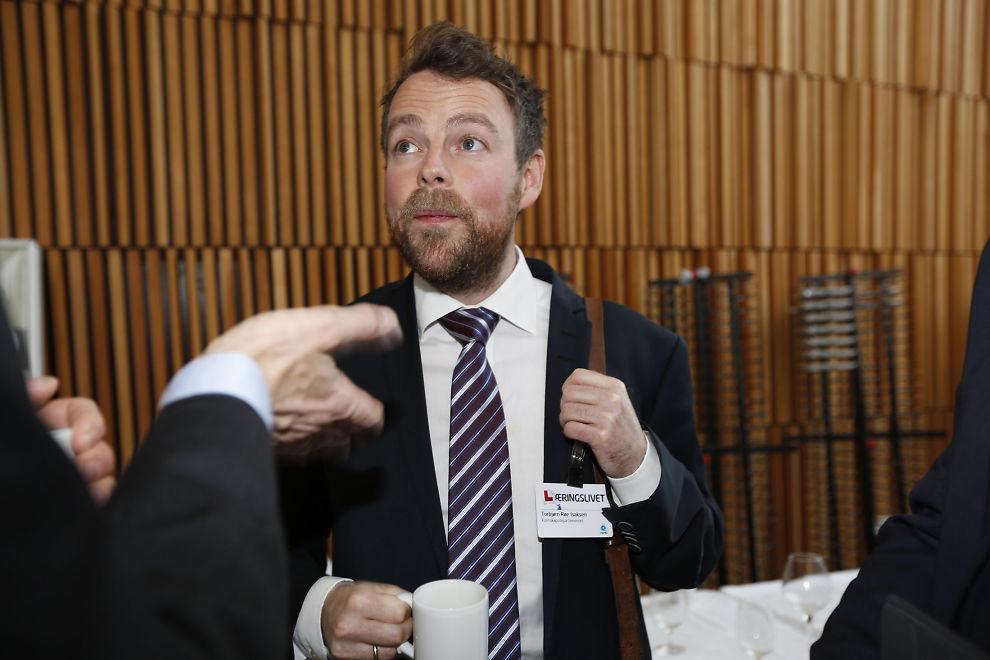 <p><b>VIL RYDDE OPP:</b> Utdanningsminister Torbjørn Røe Isaksen (H).<br/></p>