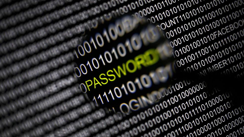 <p><b>DYRT:</b> Kriminalitet utført på internett rammer millioner av mennesker og koster milliarder av kroner, viser en ny undersøkelse.<br/></p>