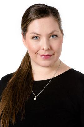 <p>VIL VURDERE GREP: Statssekretær Cecilie Brein-Karlsen i Helse- og omsorgsdepartementet.</p>