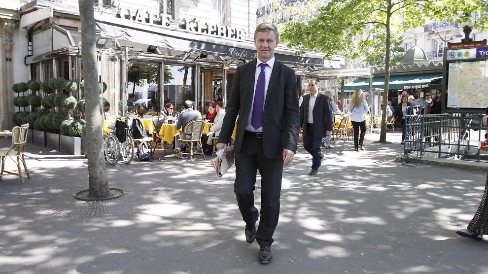 <p><b>- DE ER IKKE BEDRIFTER:</b> Erik Solheim, tidligere utviklingsminister som nå er sjef for OECD sin utviklingskomite (DAC) i Paris. Han mener norske hjelpeorganisasjoner må huske sine røtter som folkebevegelser.</p>