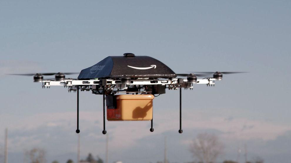<p><b>KLARE TIL TESTFLYVNING:</b> Amazons droner skal fly mer enn 80 kilometer i timen, og levere pakker på opptil 2,2 kilo.<br/></p>