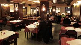 <p><b>SPIS SOM HARRY</b>: Jo Nesbøs figur Harry Hole er stamgjest på Restaurant Schrøder i Oslo.<br/></p>