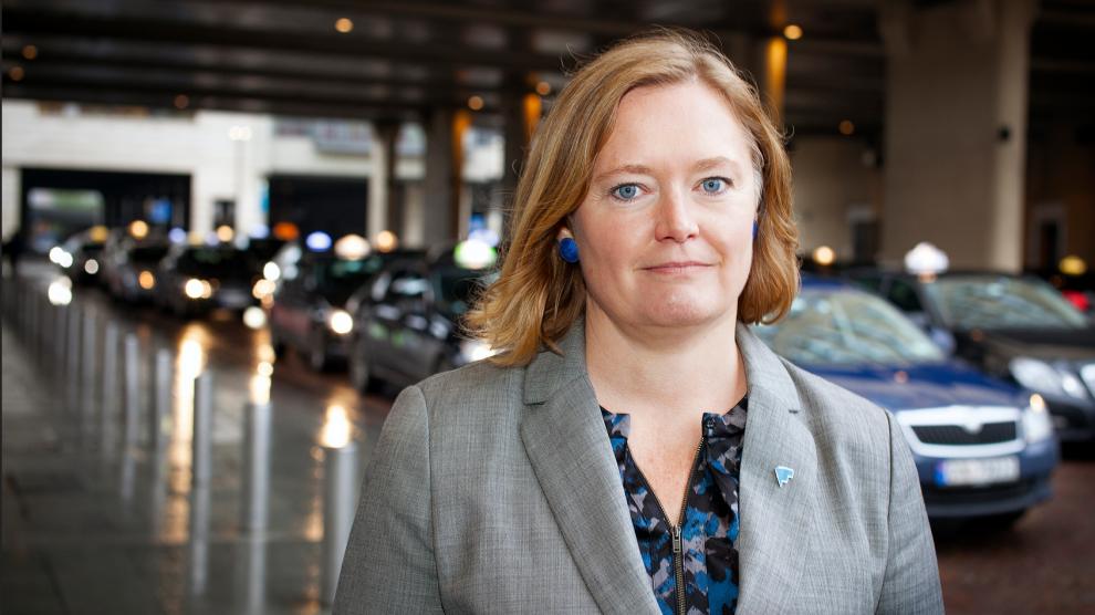 <p><b>ADVARER:</b> Forbrukerrådets fagdirektør for samferdsel Anne Haabeth Rygg advarer generelt mot å betale svart.</p>