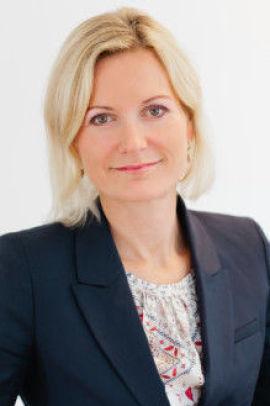 <p><b>FØLGER NØYE MED:</b> Informasjonssjef Charlotte Holmbergh Jacobsson i Norwegian Sverige. Pressebilde</p>