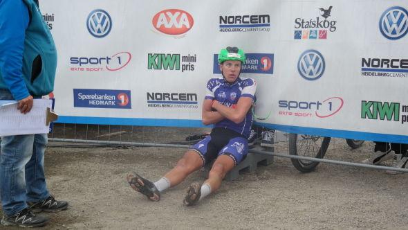 <p>SKUFFET: Åsmund Løvik gikk glipp av seieren da han syklet feil i den siste bakken før mål.</p>