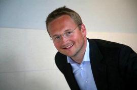 <p><b>UNG TOPPSJEF:</b> Administrerende direktør Thomas Geving i NTS.<br/></p>
