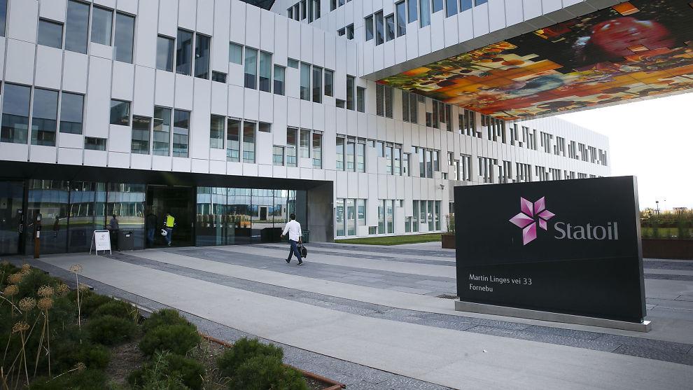<p><b>HAR VARSLET KUTT:</b> I juni i år informerte Statoil de ansatte om at det kan bli kuttet mellom 1.100 og 1.400 stillinger. Illustrasjonsfoto av Statoils hovedkvarter på Fornebu.<br/></p>