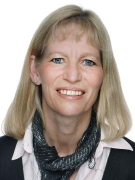 <p>Elisabeth Gjølme, konserndirektør for kommunikasjon i Posten</p>