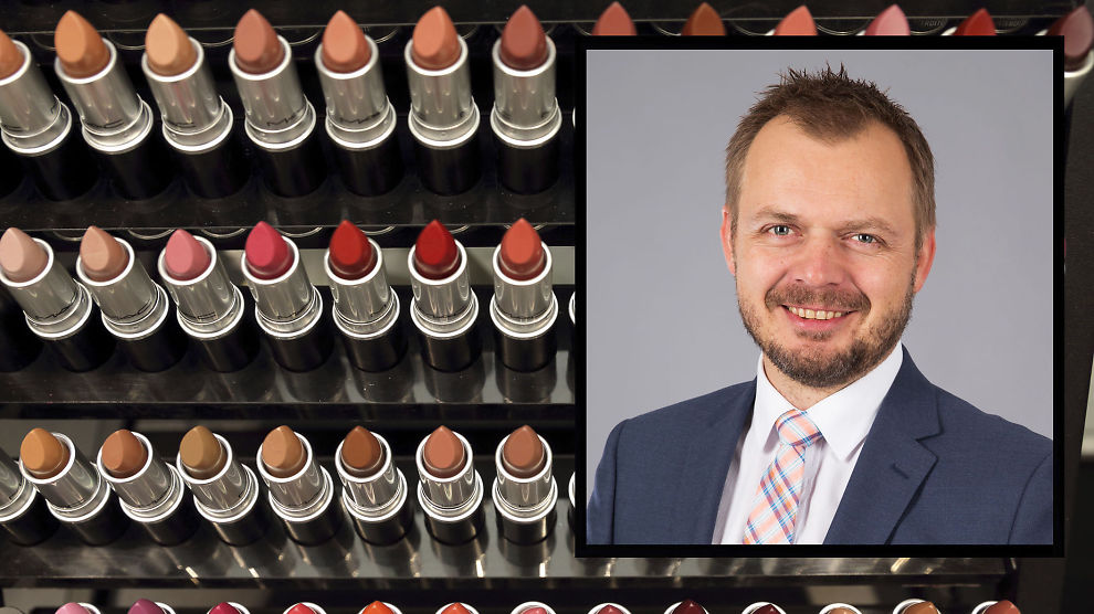 <p><b>DOUGLAS LANSERER NETTBUTIKK OG FYSISK BUTIKK I NORGE:</b> Markedsdirektør Ole Johan Lindøe vil at nett og butikk skal fungere sømløst sammen.<br/></p>