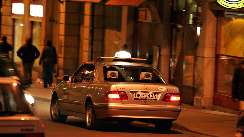 <p><b>FASTPRIS:</b> Norgestaxi håper å utkonkurrere konkurrentene med fastpris. Illustrasjonsbile av taxi i Oslo.<br/></p>