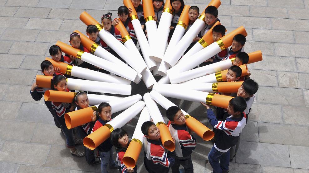<p><b>SPONSER SKOLER:</b> Tobakksindustrien sponser en rekke kinesiske barneskoler. Det er imidlertid ikke alle skoler der industrien har innpass, dette bildet er tatt i forbindelse med en «Nei til røyk-dag» på en barneskole.</p><p><br/></p>
