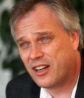 <p><b>FORLATER SKAGEN:</b> Kristian Falnes</p>
