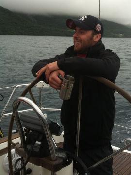 <p><b>VIL OFFSHORE:</b> Thomas Istad (25) vil jobbe offshore for opplevelsen. Han vil jobbe fysisk og ikke på kontor.<br/></p>