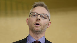 <p><b>KRITISERT:</b> Leder av ekspertgruppen om Statens pensjonsfond utlands investeringer i kull og petroleumsselskaper, Martin Skancke.<br/></p>