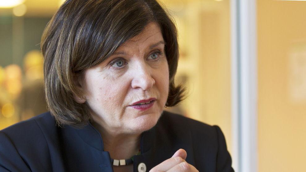<p><b>SJOKKERT OVER AVTALEBRUDDET:</b> Randi Flesland, leder i Forbrukerrådet, har lenge ønsket å få på plass obligatorisk tilstandsrapport for å redusere antall konflikter i forbindelse med boligkjøp.</p>