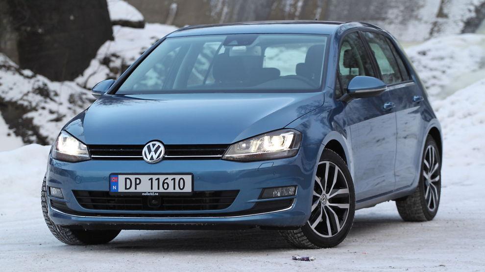 <p><b>MEST KJØPT:</b> Atter en gang ble Volkswagen Golf årets mest solgte bil. Bildet viser Volkswagen VW Golf, 2013-modell.<br/></p>