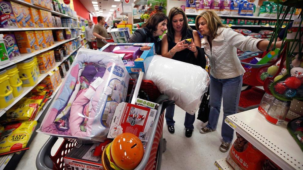 <p><b>MÅ SHOPPE PÅ:</b> Shoppelystne amerikanere får mer å rutte med i år. Det vil være en viktig faktor for at verdens største økonomi blir ett av de store lyspunktene neste år, mener økonomer.</p>