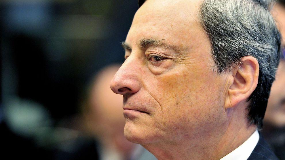 <p><b>DEFLASJON I EUROSONEN</b>: Prisene i eurosonen falt i desember. Nå venter sjeføkonom at sentralbanksjef Mario Draghi tar nye grep for å få opp prisveksten.</p>